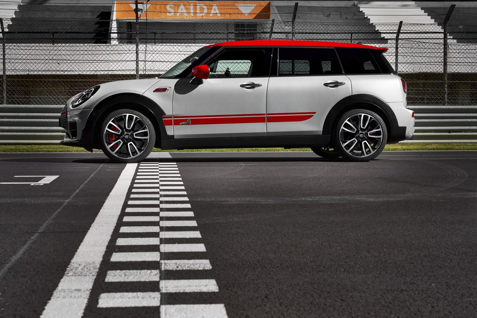Bmw Drivers Club Melbourne The New Mini John Cooper Works Clubman